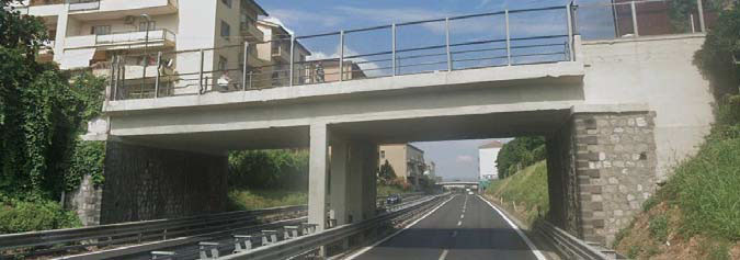 Intervento in somma urgenza di messa in sicurezza strutturale del Cavalcavia di via Santoro – opera d'arte n. 310 – autostrada a3 (progr. Km 44+800)