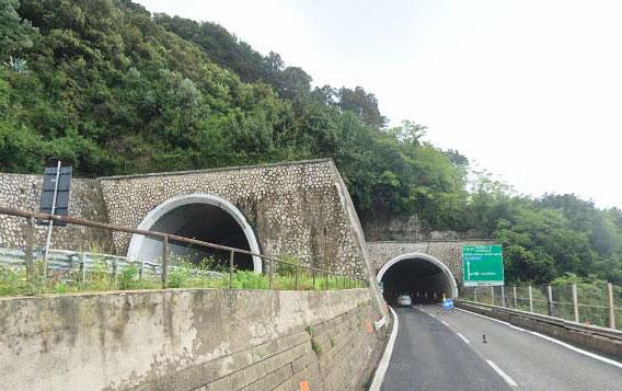 Intervento in somma urgenza di messa in sicurezza strutturale galleria Iannone – opera d'arte n. 329 – autostrada a3 (progr. Km 50+570)