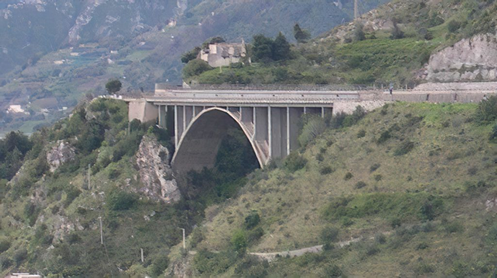 Interventi Di Manutenzione Straordinaria Sul Viadotto Madonna Degli Angeli E Sul Viadotto Canalone Ubicati Sull'autostrada A3
